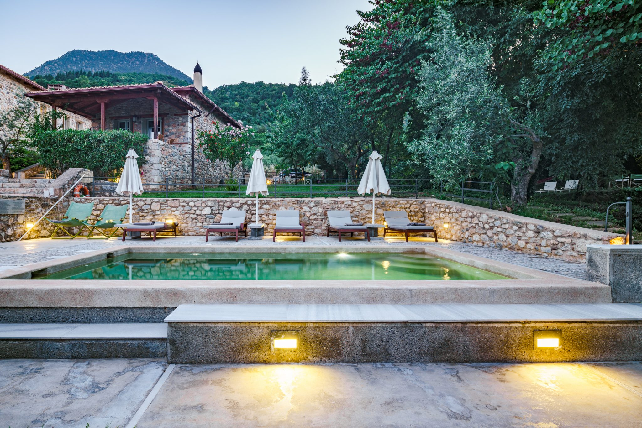 MazarakisGuesthouse_Pool_05
